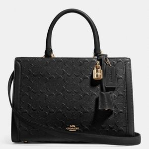 Zoe Carryall In Signature Leather